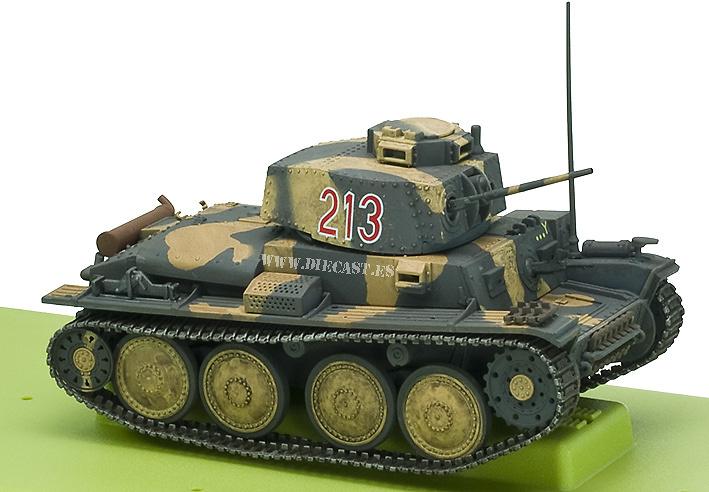 38(t) German Tank, 1:32, 21st Century Toys