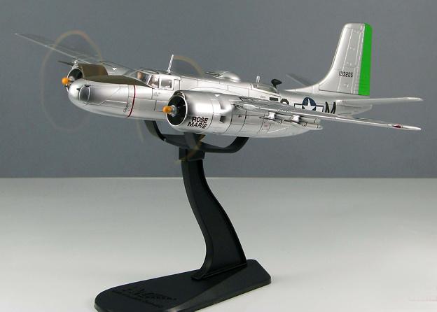 A-26B Invader 670th BS, 416th BG, France 1945, 1:72, Hobby Master