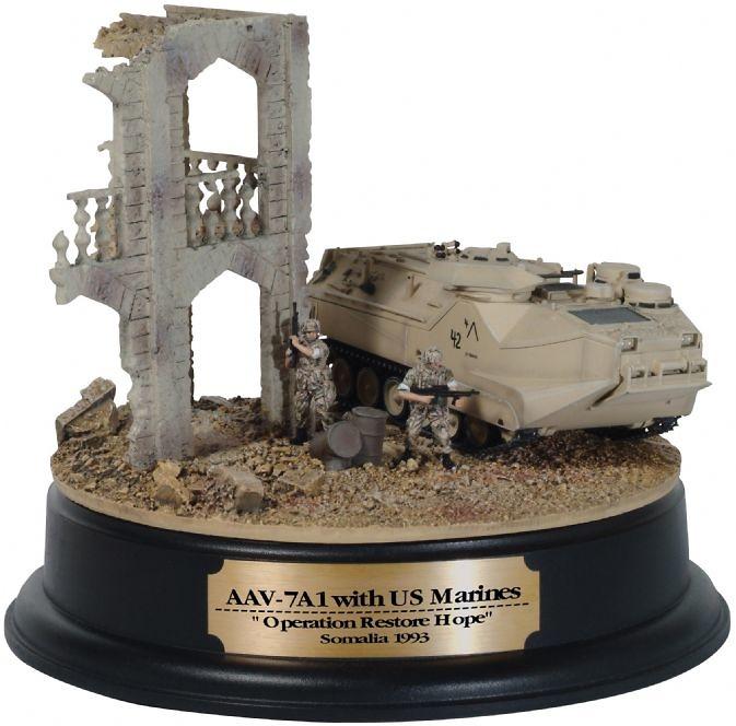 AAV7A1 w / US Marines,