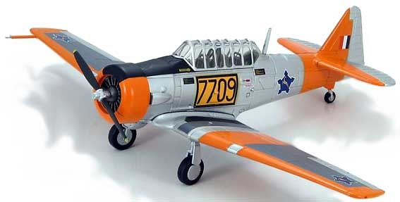 AT-6 Harvard No.40 Sqn., 1:72, Hobby Master