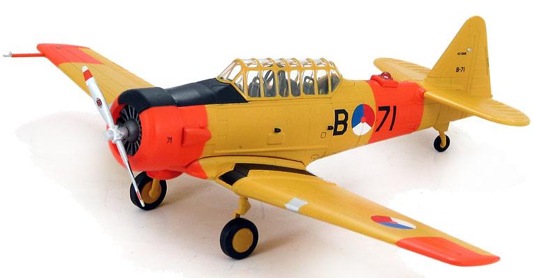 AT-6 Texan, Harvard IIB Royal Netherland AF Historical Flight