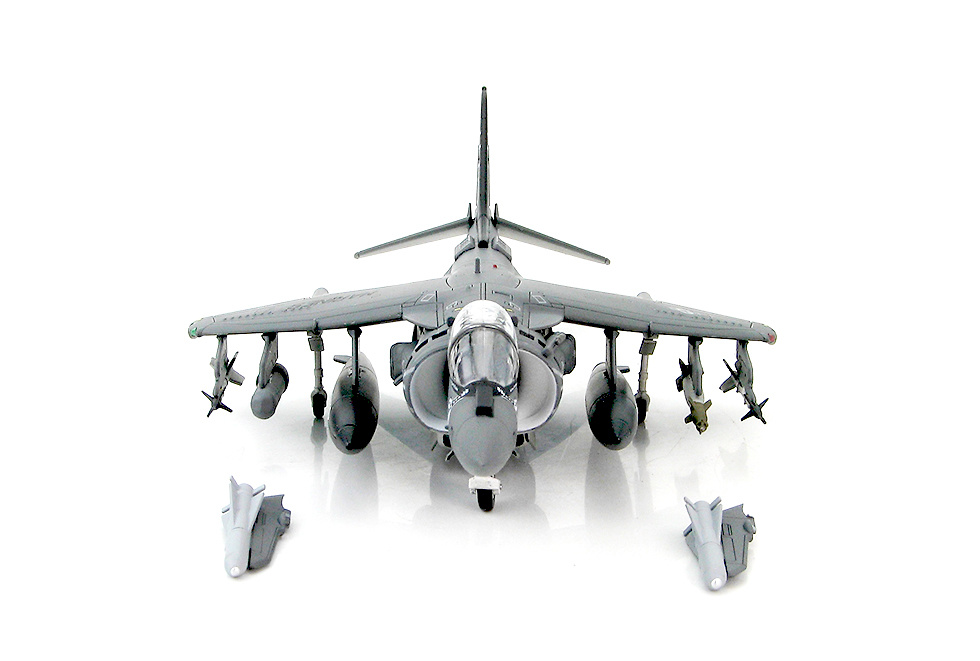 AV-8B Harrier II Plus BuNo. 165421 VMA-214 MCAS Yuma March 2010, 1:72, Hobby Master