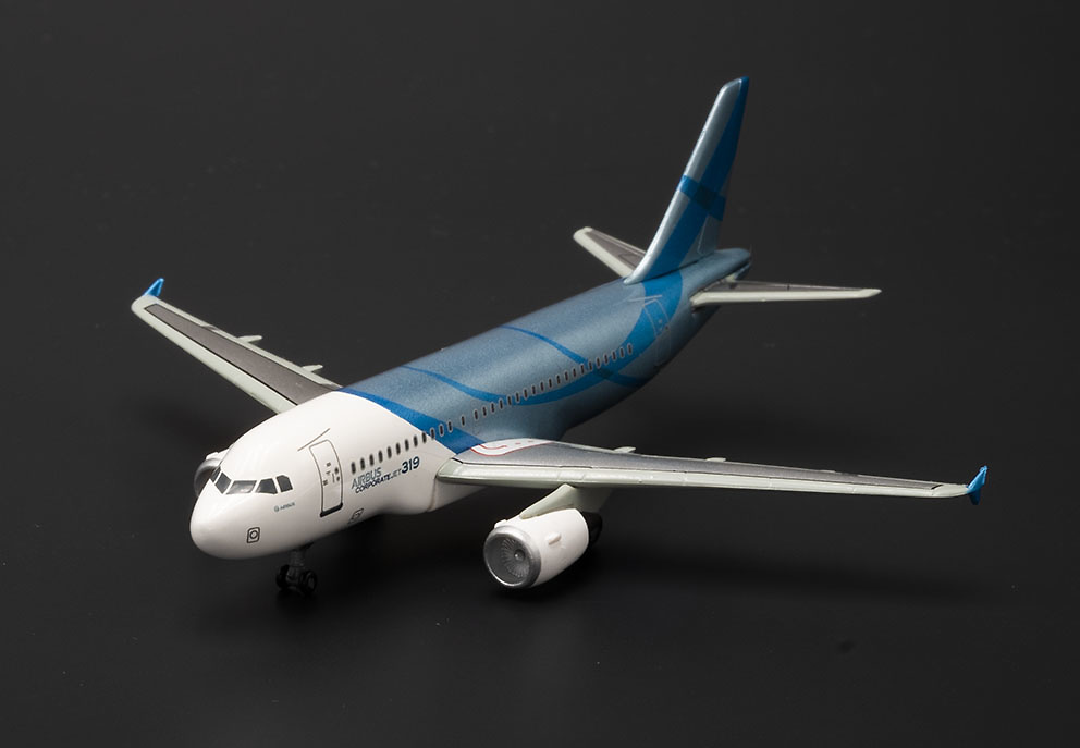 Airbus Corporate Jet 319, 1:400, Dragon Wings