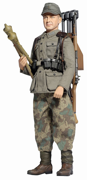 Alder Fisher (Grenadier), WH Anti-Tank Loader w/Panzerfaust 257., Bavaria 1945, 1:6, Dragon Figures