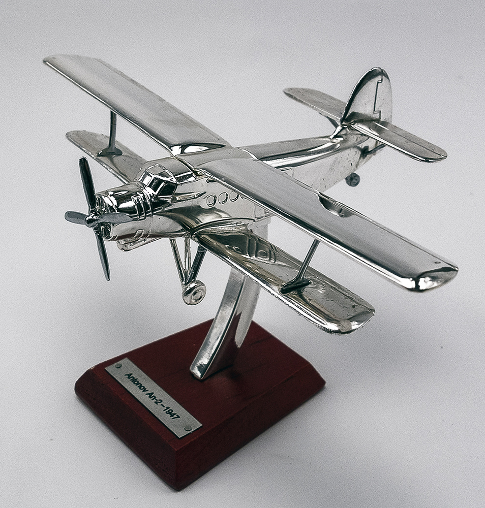 Versilbert 1:200 Flugzeug Plane Aircraft 8 Antonov An-2 1947