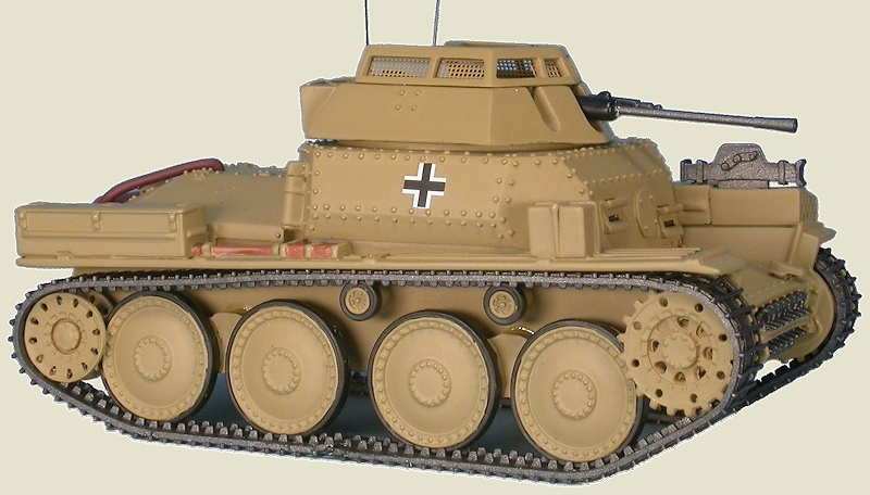 Aufklärungspanzer 38(t) Sd.Kfz.141/1, Pz. Div. Grossdeutschland, Rusia, 1944, 1:48, Gasoline