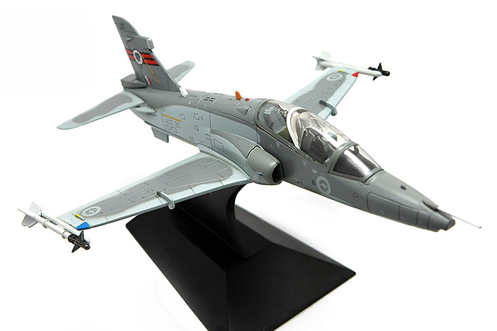 BAe Hawk 127 LIF (Lead-in Fighter) A27-22 No.76 RAAF Squadron, RAAF Base Williamtown, 1:72, Falcon Models