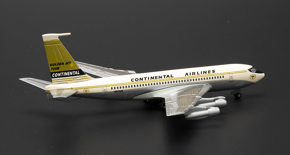 Boeing 720 Continental Airlines con sección de Hangar con 1:400, Dragon Wings