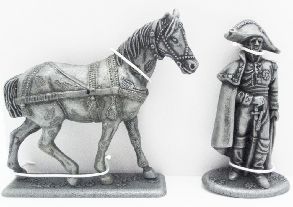 Caballo de Troika Derecho, General de Caulaincourt, 1:24, Atlas Editions