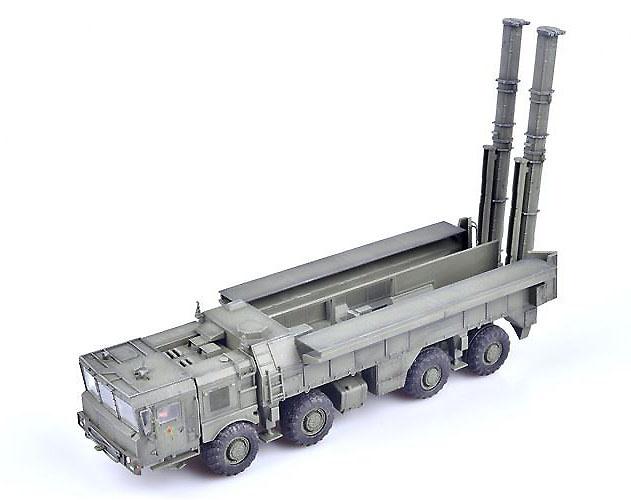 Camión MZKT tractor porta misil 9K720 Iskander, Rusia, 1:72, Modelcollect