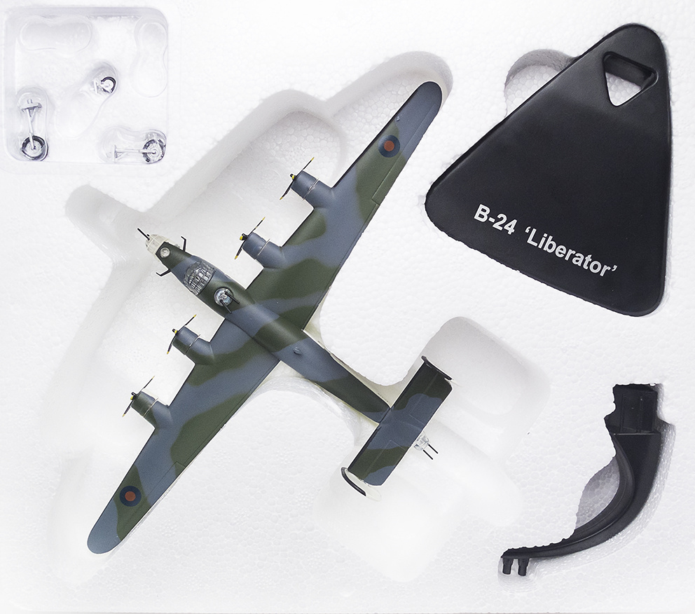 Consolidated B-24 Liberator,1941/45, 1:144, Editions Atlas