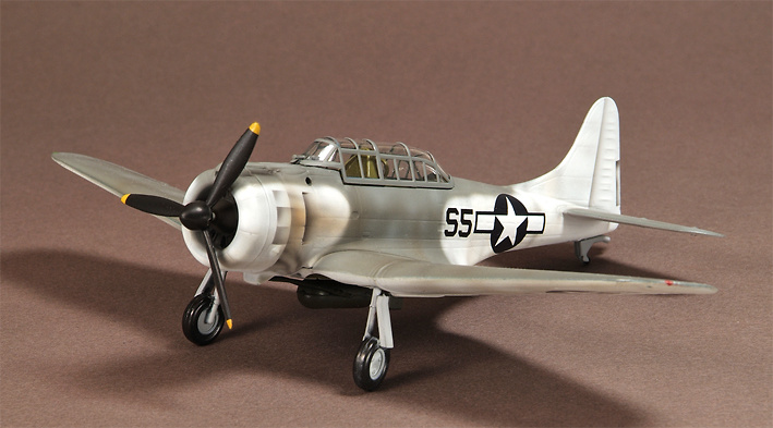 Douglas SBD-5 Dauntless VS-37 Atlantic, Duben, 1944, 1:72, War Master