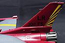 F16_b03.jpg