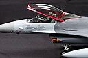 F16_b05.jpg