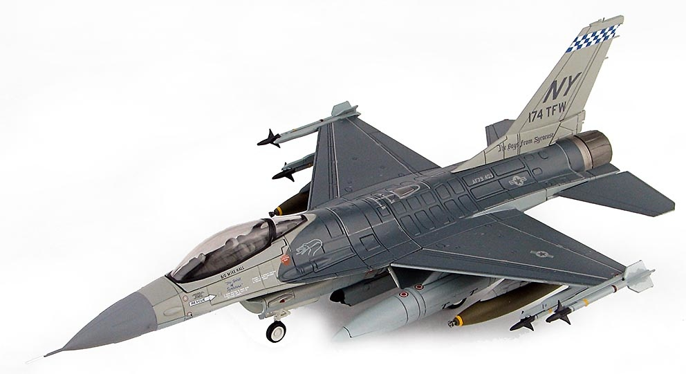 F-16A Fighting Falcon 79-0403, New York ANG/174th TFW, Arabia Saudita, Operación Tormenta del Desierto, 1991, 1:72, Hobby Master