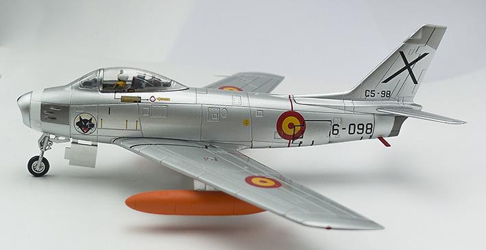 F-86A-30-NA Sabre Nº C.5-98, Ala 12, Torrejón de Ardoz, Ejército del Aire, 1:72, Hobby Master