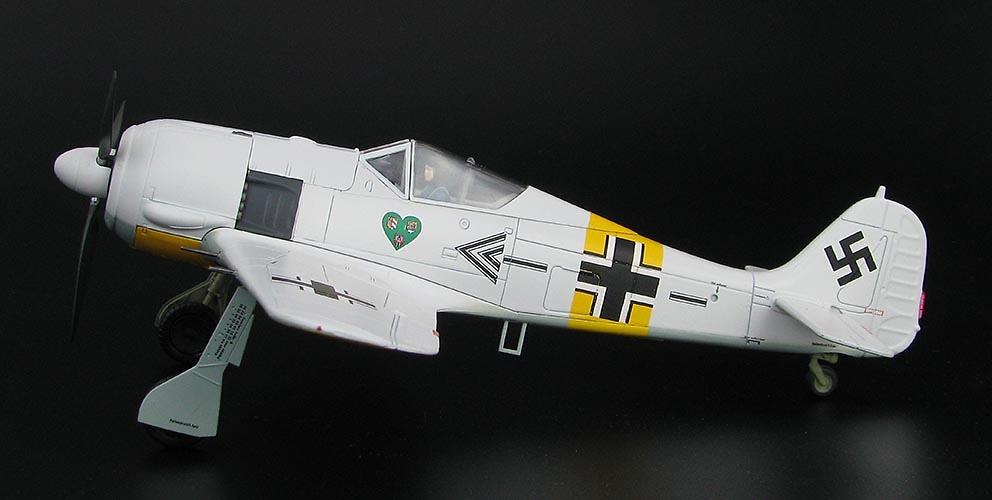 FW 190A-4 Oberst. Hannes Trautloft, JG.54, Frente del Este, 1943, 1:48, Hobby Master