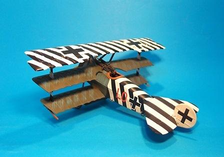 Fokker DR1 586/17, Ltn. Ernst Udet, Jasta 4, Mayo/Junio, 1918 , 1:30, John Jenkins