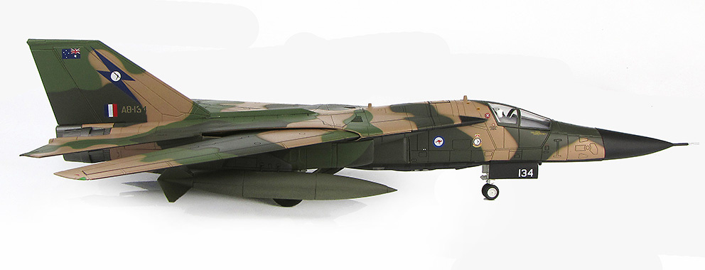 General Dynamics RF-111C A8-134, 6 Sqn., Real Fuerza Aérea Australiana, 1:72, Hobby Master