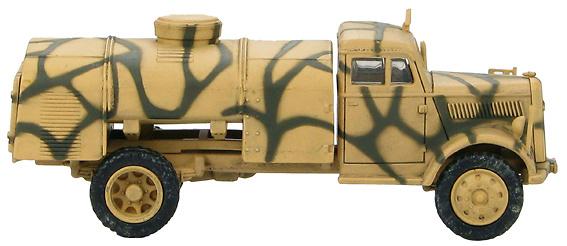 German 3-ton V-2 Rocket T-Stoff Tanker, 1:72, Hobby Master
