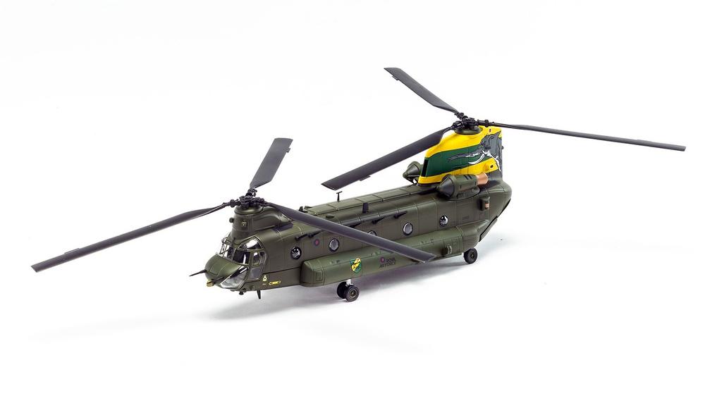 Helicóptero Boeing Chinook HC.4 ZA683 RAF No.27 Squadron, Special Centenary Scheme, 100 Años de la RAF, 1:72, Corgi