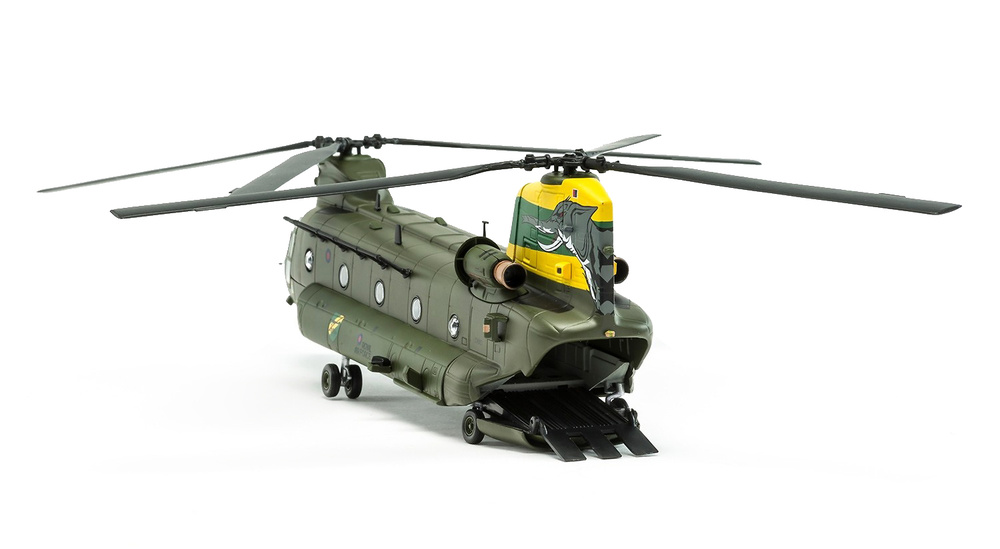Helicopter Boeing Chinook HC.4 ZA683 RAF No.27 Squadron, Special Centenary Scheme, 100 Years of the RAF, 1:72, Corgi