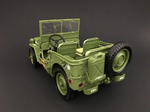 Jeep US Army, (verde), 2ª Guerra Mundial, 1:18, American Diorama