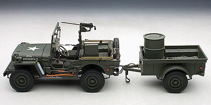 Jeep Willys con remolque, 1945, 1:18, Autoart