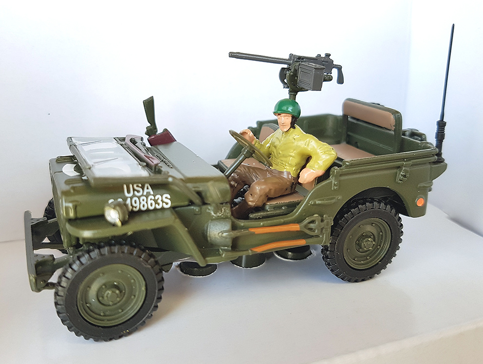 Jeep descapotado con conductor, 1:43, Cararama