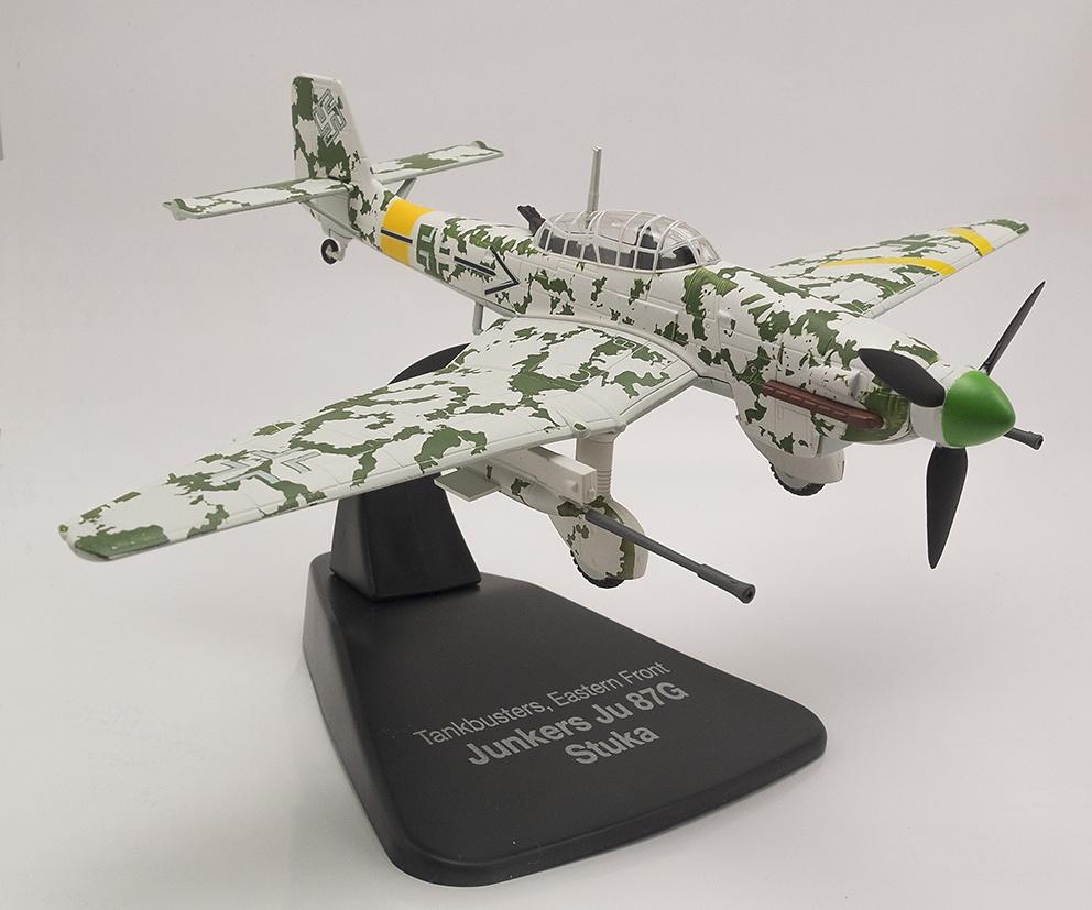 Junkers Ju87G Stuka + Yakovlev Yak-3,