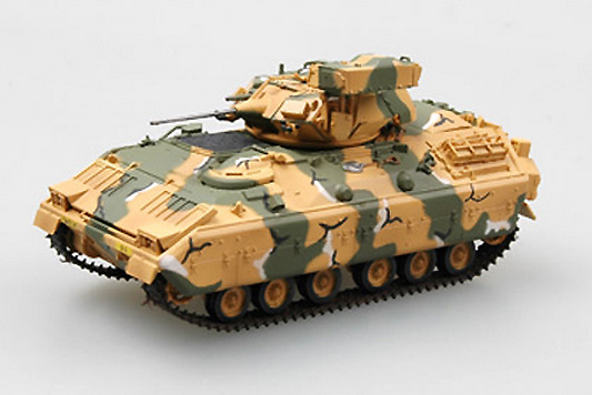M2 Bradley, Green and Sand Camouflage, 1:72, Easy Model
