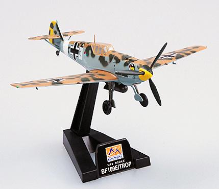 Messerschmitt BF-109E/TROP, 1/JG27, piloto Hans-Joachim Marseille