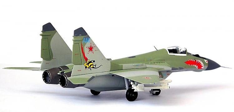 MiG-29 Fulcrum, 2nd Squadron, 1521st Aviation Base, Fuerzas Aéreas Soviéticas, 1991, 1:72, JC Wings