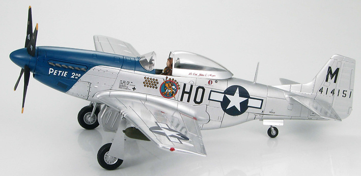 P-51D Mustang 352nd FG, 487th FS PETIE 2nd, 1:48, Hobby Master
