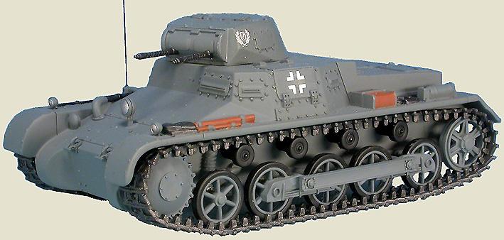 Panzer I Sd.Kfz.101 Pz.Kpfw.I Ausf.B, Waffen-SS Leibstandarte Adolf Hitler Rgt., Francia, Junio, 1940 1:48, Gasoline
