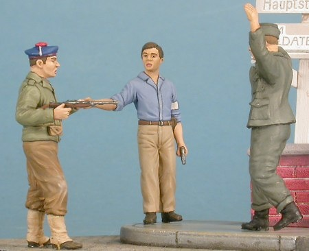 French soldier with partisan FFI and German POW, 1:48, Gasoline