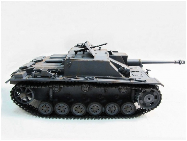 Stug III, color gris, 1:16, Mato