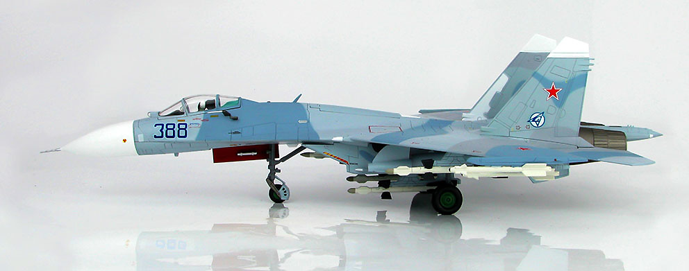 Su-27 Flanker B B388, Paris le Bourget, 1989, 1:72, Hobby Master