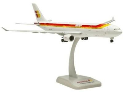 Airbus A330-300 EC-LUK, Iberia, 1:200, Hogan