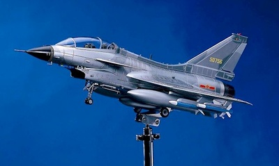 Avión de Combate J-10, Ejército Chino, 1:24, Donart