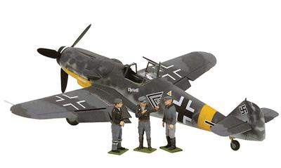 BF109G Luftwaffe II/JG 52, Gerhard Barkhorn, c/3 Figuras, 1:32, Corgi