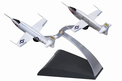 "Bell X-1 ""Test Flight"", 1 + 1 (2 units), 1: 144, Dragon Wings"