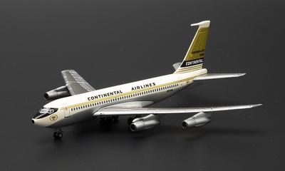 Boeing 720 Continental Airlines con sección de Hangar con  1:400, Dragon Wings