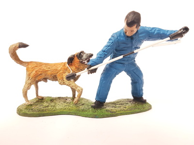 Bombero Adiestrador canino con traje de captura, 2011, 1:30, Del Prado