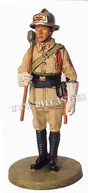 Bombero con traje ignífugo, Indochina, 1943, 1:30, Del Prado