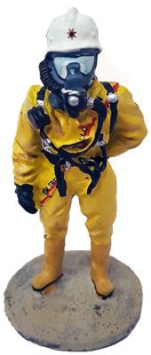 Bombero con traje para materiales peligrosos, Estocolmo, 2002, 1:30, Del Prado