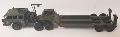 Cabeza tractora más remolque, camión militar, Altaya