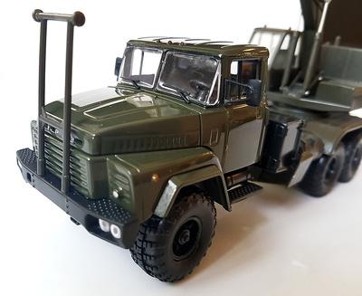 Camión KrAZ 260 AOV-4422 oscuro oliva, Ucrania, 1:43, SpecialC