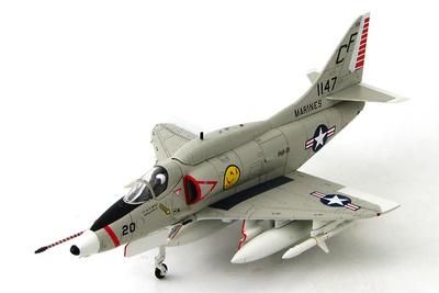 Douglas A-4E Skyhawk BuNo 151147/CF 20  VMA-211, Chi Lai, 1968, 1/72, Hobby Master