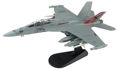 """EA-18G Growler 168893, VAQ-141 """"Shadowhawks"""",  USS Ronald Reagan, Base Aérea de Atsugi, 2017, 1:72, Hobby Master"""
